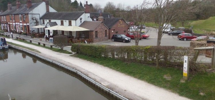 Hollybush Inn beside the Caldon Canal