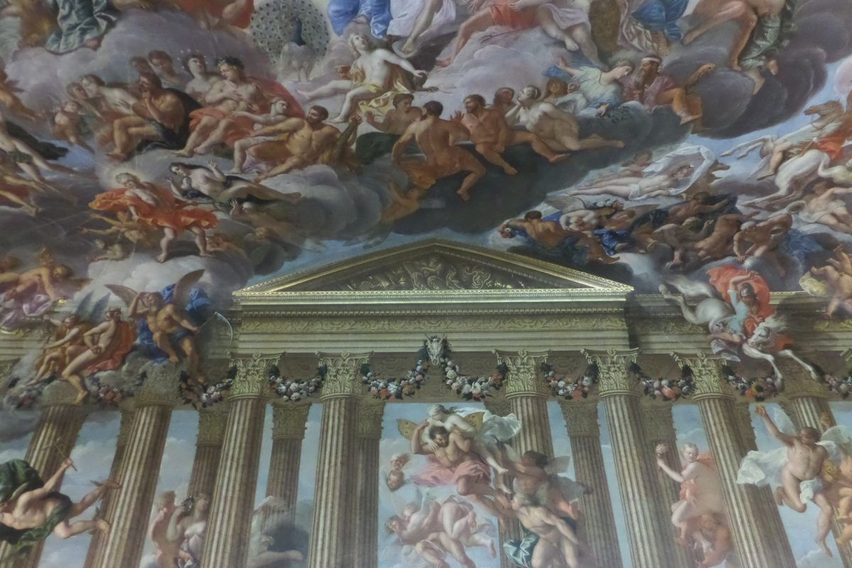 This is the centre of one wall of the Heaven Room which is painted like this on three sides and the over the whole ceiling