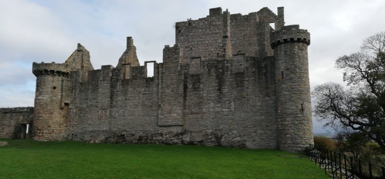Craigmillar Castle and on to Jedburgh