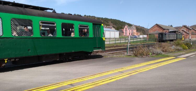 Trains at Treignes